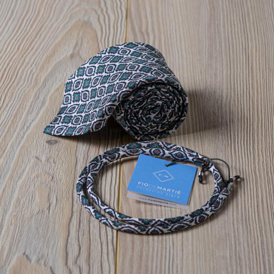 Corbata y cordón Fio de Martié