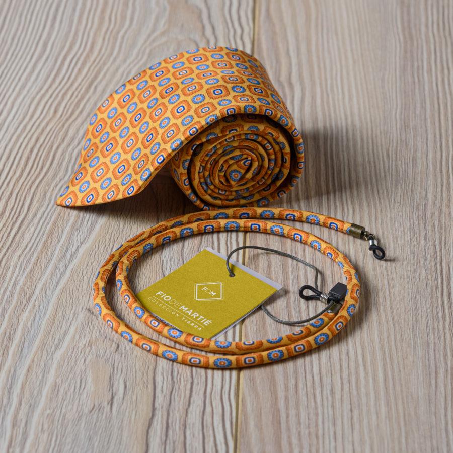 Corbata y cordón Fio de Martie